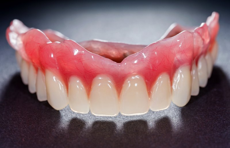 A single arch denture.